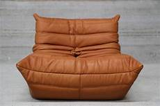 pouf togo ligne roset pair of vintage ligne roset togo leather lounge chairs