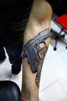 Männer Arm - 20 awesome gun designs feed inspiration