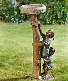Rottenecker Garten Skulptur Kinder Am Baumstamm 88856