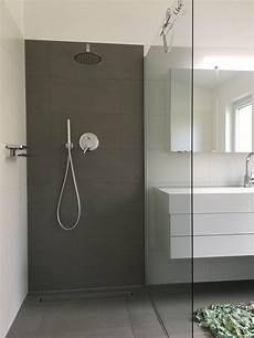badezimmer dusche fliesen wasseranschluss hinter der