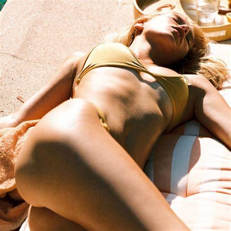 Lea Nude