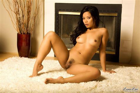 Dey Young Nude