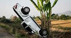 Unfall Mit Firmenwagen - unfall mit firmenwagen wer zahlt wenn s kracht firmenauto