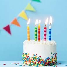 image gateau anniversaire g 226 teaux d anniversaire pour enfants t 234 te 224 modeler