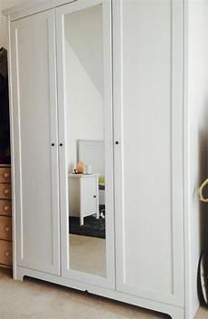 kleiderschrank mit spiegel ikea ikea brusali kleiderschrank mit spiegel in feldkirchen