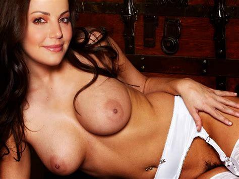 Erica Cerra Nude