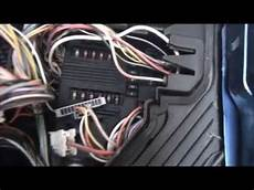How To Remove Fusebox On Renault Megane