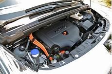 peugeot 3008 motoren peugeot 3008 hybrid4 2011 review car magazine