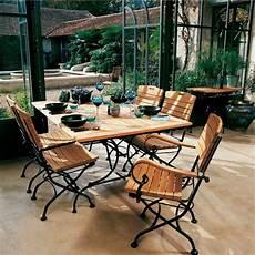 table jardin fer forgé salon de jardin avec table rectangulaire vienna en teck et