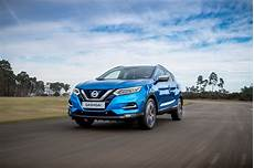 Facelifted 2018 Nissan Qashqai Suv Gets Semi Autonomous