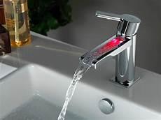 Waschtischarmatur Mit Led Beleuchtung - herrlich mit led beleuchtung gute pic und prodotti