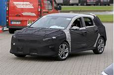 neuer kia ceed kia cee d spied more details coming after frankfurt motor