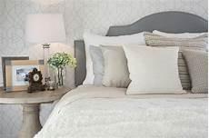 schimmel schlafzimmer entfernen schimmel im schlafzimmer was kann ich dagegen tun