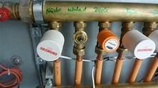 Heizung Entlüften über Thermostat - fussbodenheizung entl 252 ften wie sperre ich die ventile