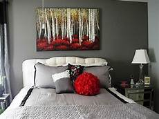 Black And White Bedrooms With A Splash Of Color
