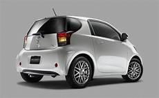 La Toyota Iq Est Pr 233 Sent 233 E Par Toyota Comme La Plus
