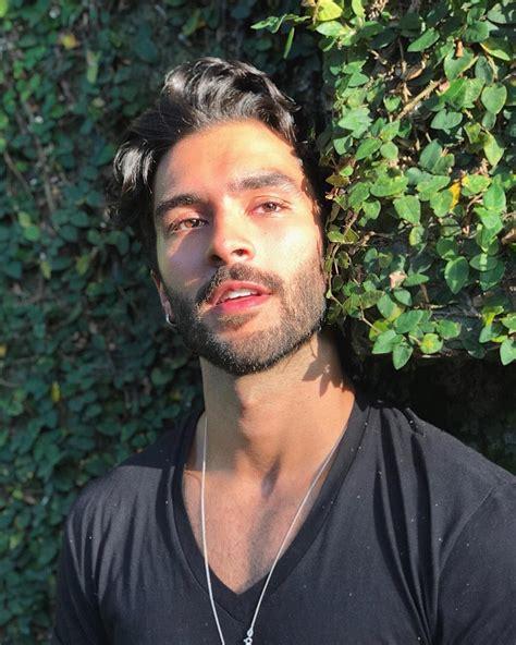 Marcello Alvarez Model