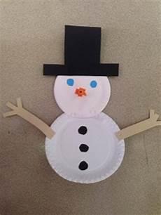 comment faire un bonhomme de neige avec des assiettes en