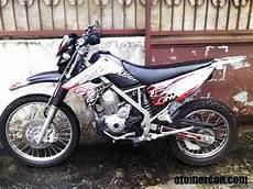 Variasi Motor Yamaha by Yamaha Juara 1 Striping Motor Variasi Mercon Motor
