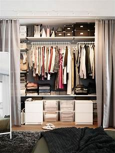 Bedroom Closet Ideas For Small Spaces by Small Space Decorating Don Ts Home Organized Home