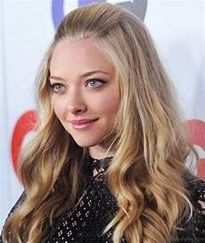 51 attractive hairstyles of amanda seyfried