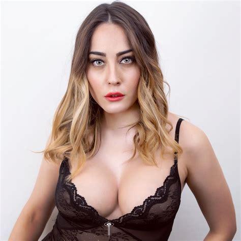 Paola Saulino Instagram