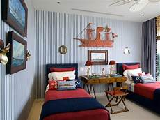 Two Boys Bedroom Ideas For Small Rooms by 33 Wonderful Boys Room Design Ideas Digsdigs