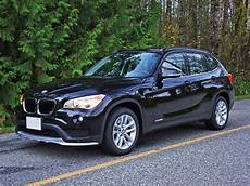 bmw x1 première 16724 leasebusters canada s 1 lease takeover pioneers 2015 bmw x1 xdrive28i road test review