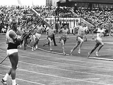 sport in der bilderstrecke zu jugend trainiert f 252 r olympia ein