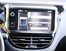 adaptiv gps navigation et usb sd pour peugeot 208 2008