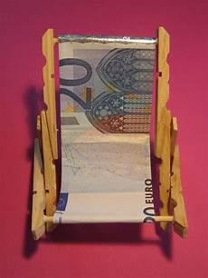Liegestuhl Aus Geld - liegestuhl pensioen cadeau knutselen strandstoelen