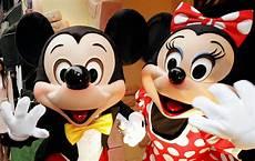 Micky Maus Und Minni Maus Malvorlagen Minnie Mouse And Simpsons Voice Actor Russi Has Died