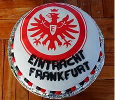 Fussball Ausmalbilder Eintracht Frankfurt 180 S K 246 Stlichkeiten Adler Torte