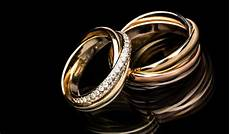 how much does it cost to resize a 14 ct yellow gold ring one size larger