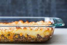 cottage pie basic recipe easy shepherd s pie recipe simplyrecipes