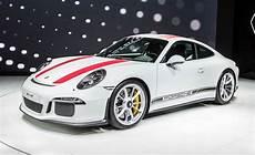 Porsche 911 R - 2016 porsche 911 r photos and info news car and driver