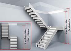 Treppenberechnung 1 2 Links Gewendelte Treppe Mit Podest