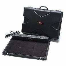 Skb Multi Volt Professional Powered Pedalboard Ps 45 Ebay