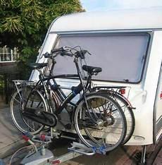geschwindigkeit mit fahrradträger fahrradtr 228 ger f 252 r die anh 228 ngerkupplung im test