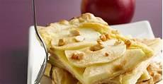apfelkuchen blech schnell schneller apfelkuchen vom blech mit quark rezept eat smarter