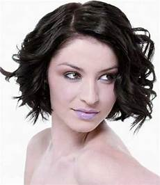 15 short haircuts for curly wavy hair short hairstyles