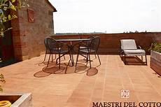 pavimenti terrazze materiali per pavimenti per esterni resistono al gelo