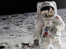 Ingin Jadi Astronot Ini 5 Tips Untuk Masuk Nasa Telset Id