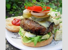the towering inferno  chilli  coconut and coriander pork burger_image