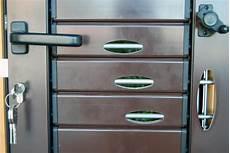 persiane blindate firenze infissi 2000 persiane in legno e alluminio firenze