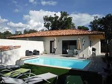 a louer villa avec piscine priv 233 e chauff 233 e au calme porto