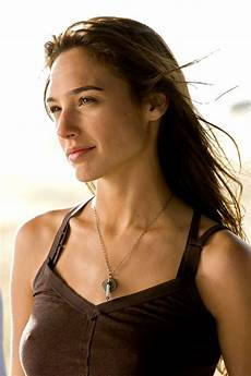 Gal Gadot Pictures Gallery Actresses