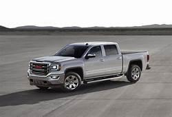 2017 GMC Sierra Vs Ram 1500 Compare Trucks