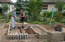Gewächshaus Fundament Bauen - anregungen durch bildbeispiele zu gew 228 chshausfundamenten