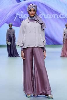 10 Rancangan Ria Miranda Di Indonesia Fashion Week 2013